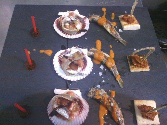 Alcossebre, Spain: homenaje al pescado azul