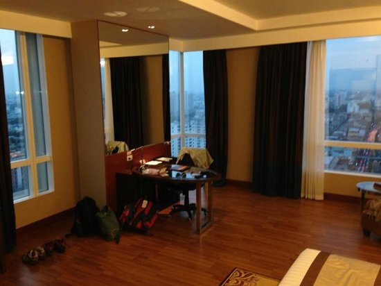 The Grand Fourwings Convention Hotel: Room