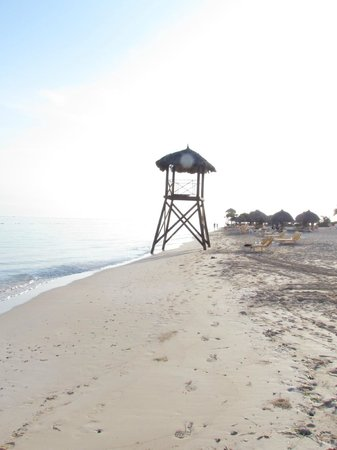 Iberostar Rose Hall Suites: lifeguard stand on the beach