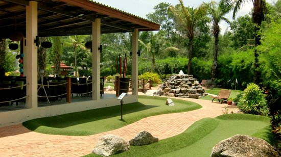 Phuket Adventure Mini Golf: Off Course, our open aired restaurant located directly to the adventure golf course