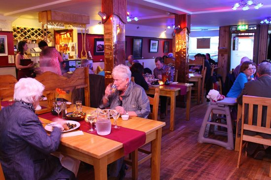 Miltown Malbay, Ireland: The Old Bakehouse Restaurant - Serves good food cooked fresh by Eddie. Family friendly.