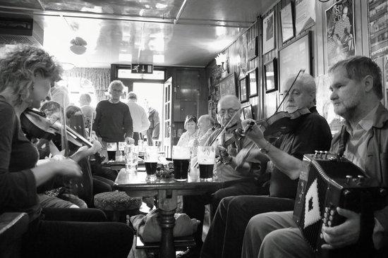 Miltown Malbay, Ireland: Cleary's Bar - Traditional Irish Music Session -