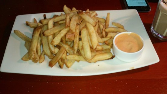 American Style Diner: Medium fries only 675kr!