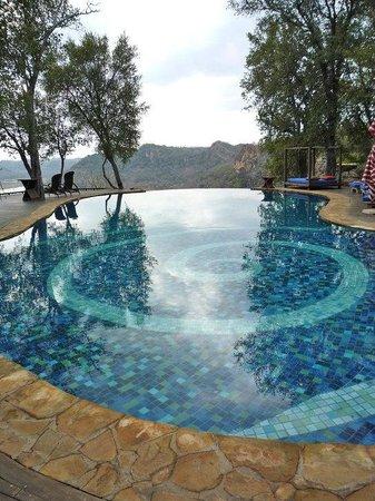 Singita Pamushana Lodge : Infinity pool