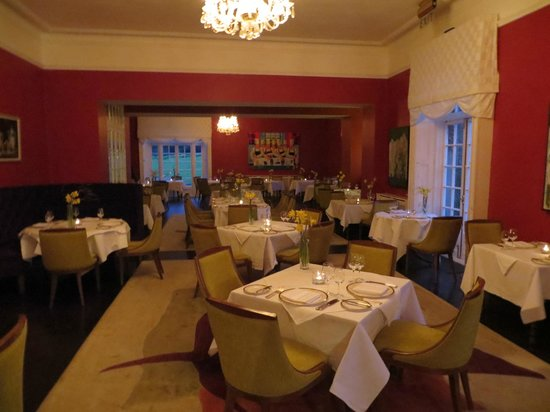 Dunbrody Country House Hotel: The lovely Dining-Room at Dunbrody House