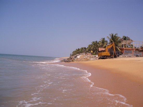 Club Palm Bay Hotel: Building on the beach