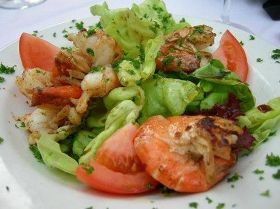 Wirtschaft zur Salzwaag: Salat mit Crevetten