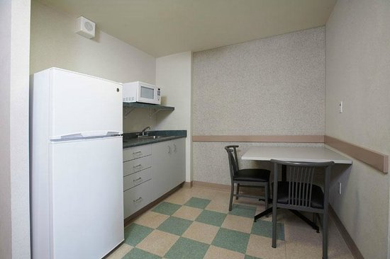 Residence & Conference Centres - Niagara on the Lake: Private Kitchenette