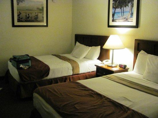 Ramada Hialeah/Miami Airport: Apartamento de tamanho bom e confortável.