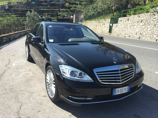Iaccarino Sorrento Limousine Service: Our Mercedes S Class