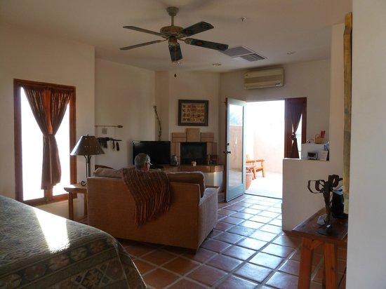Borrego Valley Inn: our beautiful room!
