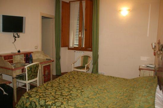 Hotel Europa: Cozy room