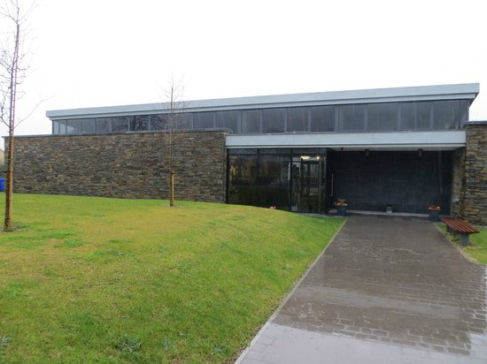 Kennedy Homestead: The compact & tasteful Visitor Centre at Dunganstown