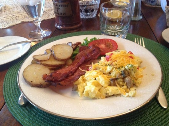 Lawrenceburg Bed and Breakfast: Breakfast- main course