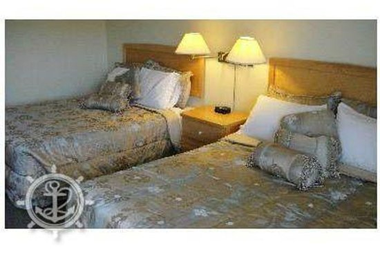 Bruce Anchor Motel and Cottage Rentals: Standard Room