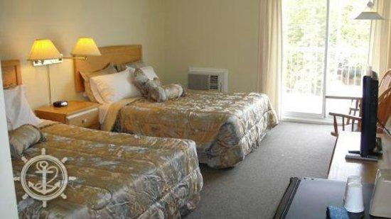 Bruce Anchor Motel and Cottage Rentals: Standard Room