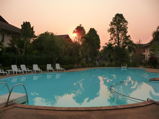 Teak Garden Spa Resort: The hotel pool