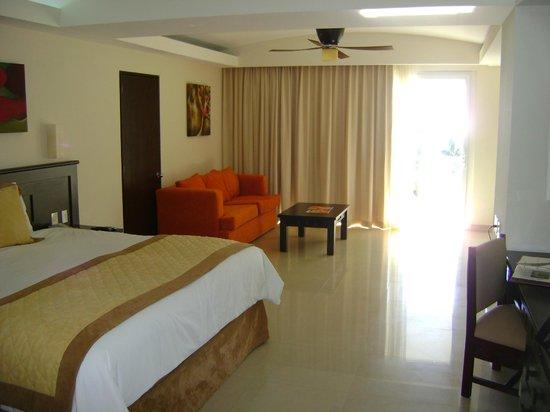 Dreams Villamagna Nuevo Vallarta: king room