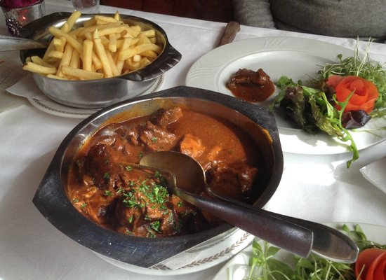 Cardiff Hotel Restaurant: Carbonnade and Chips