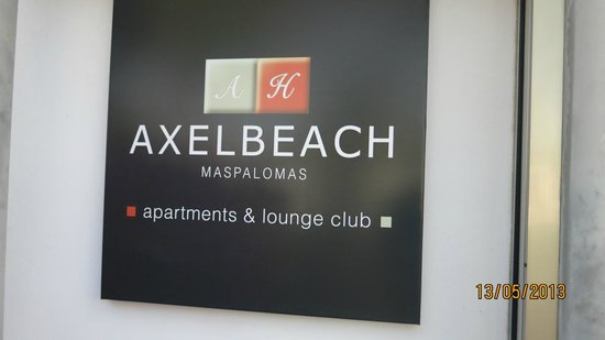Axel Beach Maspalomas: Вывеска