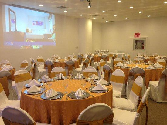 Hotel Hex Esteli: Centro de convenciones