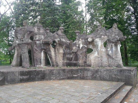 Cmentarz Wojenny Zolnierzy Radzieckich, Chojna