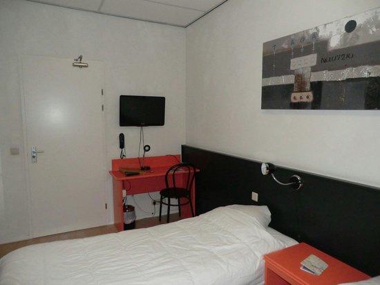 Hotel La Boheme: Habitacion triple