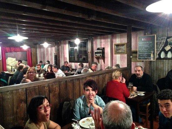 La Mangoune: Restaurant view
