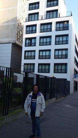 Adagio Access Paris Bastille : In front of the hotel