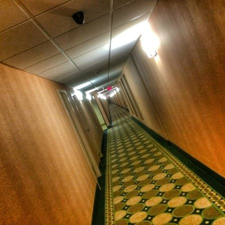 Clarion Inn Waterford Convention Center: Hallway
