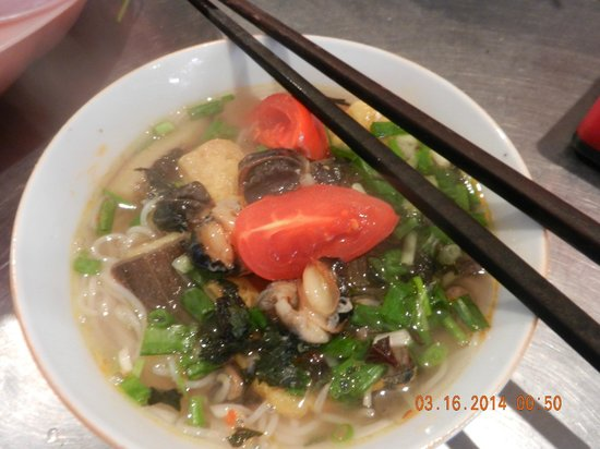 Hanoi Cooking Centre: Snail soup