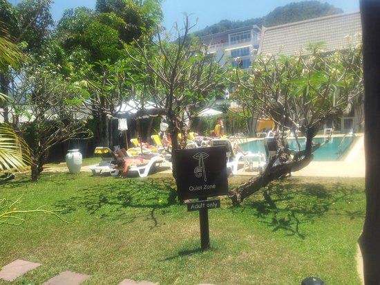 Centara Kata Resort Phuket : Spa Pool a delight