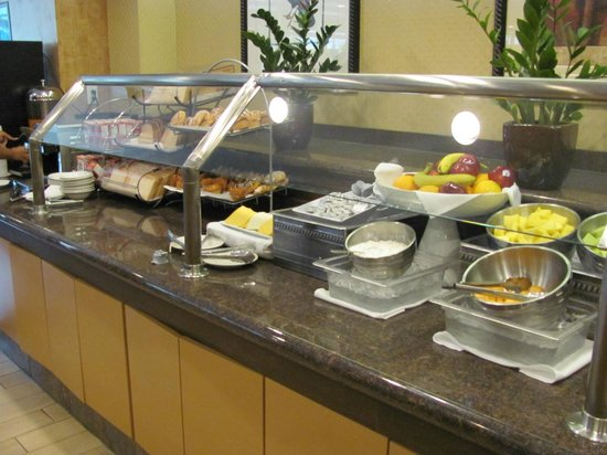 Holiday Inn Coral Gables - University: Café da manhã
