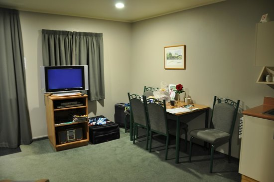 Brydan Accommodation : Living quarters 1
