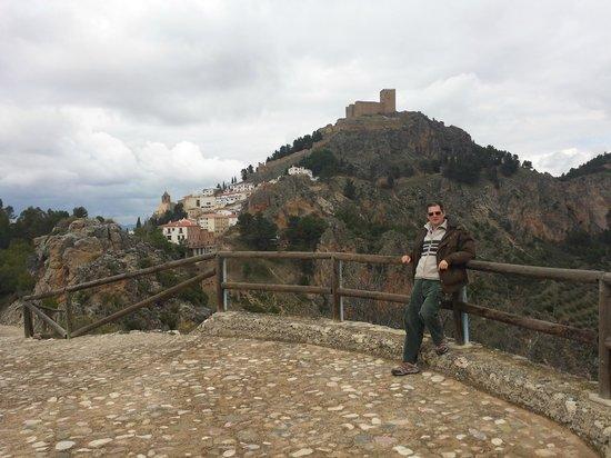 Castillo de Segura de La Sierra: Vista desde el mirador de peña alta.