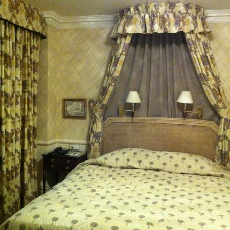 Stanhope Hotel : Chambre