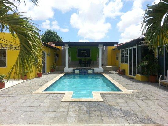 Solar Villa : Pool