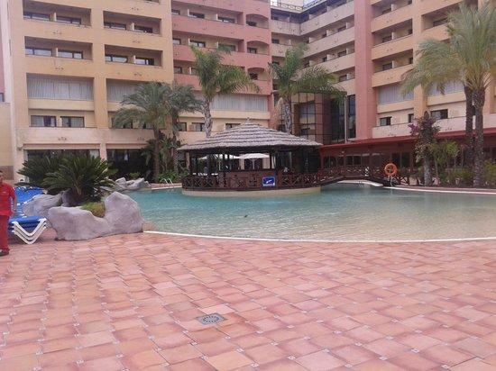 Estival Park Salou: piscina