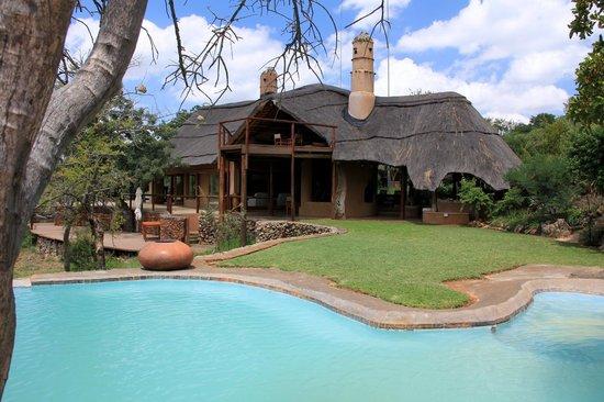 Royal Madikwe Luxury Safari Lodge : Main lodge