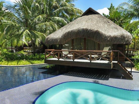 Nannai Resort & Spa: Bangalô e piscina.