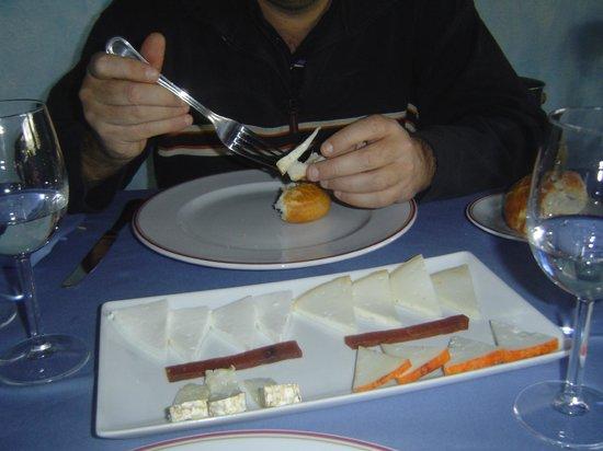 El Balcon de la Vera Hotel Restaurante: ¡Qué rico el queso partocho!
