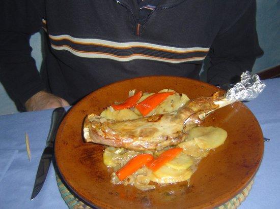 El Balcon de la Vera Hotel Restaurante: El cabrito muy bueno en el restaurante