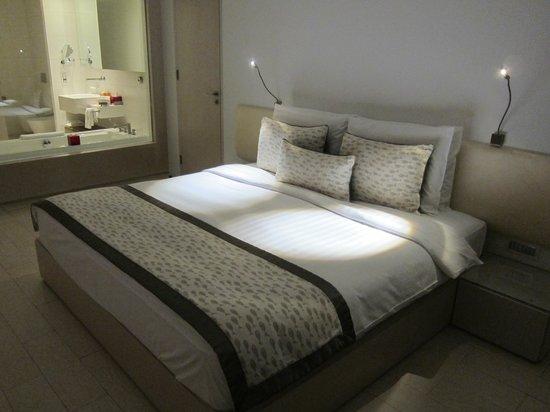 Kempinski Hotel Aqaba Red Sea: Кровать