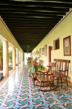 Hotel Hacienda Uxmal Plantation & Museum : Pasillos