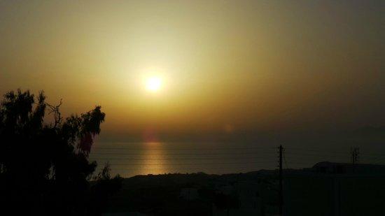 Anatoli Hotel: Vista del amanecer desde la habitación