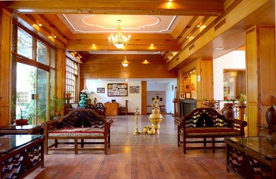 Manali Heights: Lobby