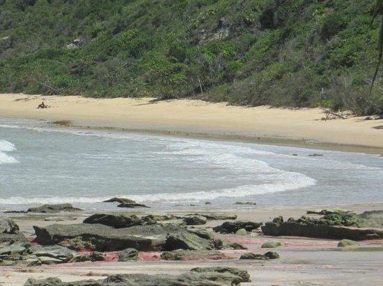 Satu Beach: e a praia fez uma curva
