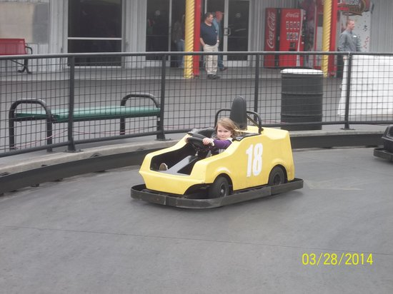 NASCAR SpeedPark Smoky Mountains : Even a 5 yr old can drive one by herself!