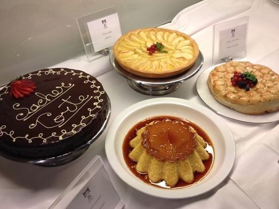 Hotel Principi di Piemonte : dessert a buffet