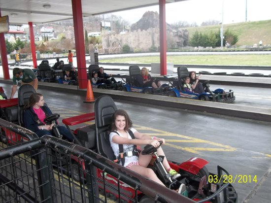 NASCAR SpeedPark Smoky Mountains : All 4 granddaughters in one shot
